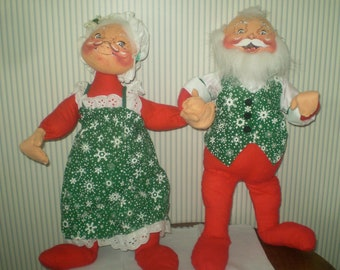 c48de71f768f9 Pair of Large Annalee Santa and Mrs. Claus mobilitee dolls- 1988 Santa and  Mrs. Claus bendable dolls- Christmas dolls-hand painted USA dolls