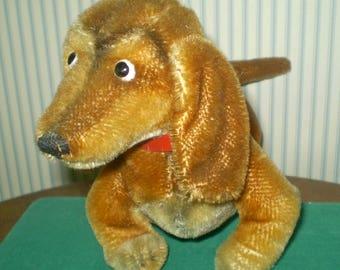 Vintage Steiff Hexie mohair plush Dachshund- Golden wiener dog by Steiff- early, has original tag, no ear button- moving head, collar
