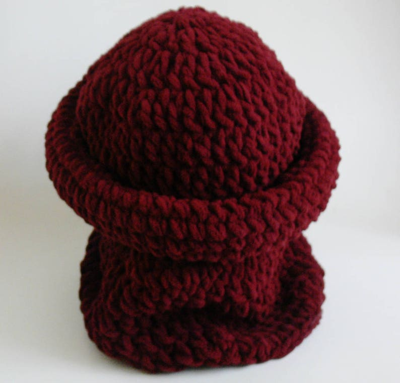 ef1e539797c Crochet Pattern Easy Chunky Roll Brim Hat and Cowl