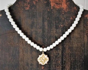 Monogrammed Necklace - Pearl Style