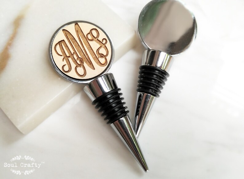 Personalized Curly Initial Round Silver Wine Bottle Stopper image 0