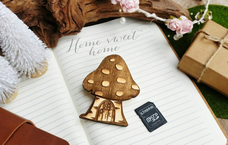 Fairy House SD Memory Card holder  Toadstool Wooden case image 0