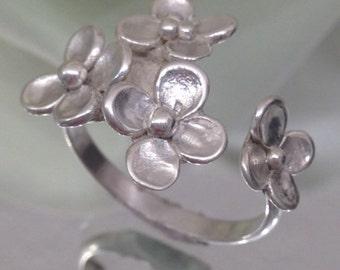 Sterling Silver Flower Ring - Valentine