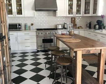 Delicieux Rustic Kitchen Island Made From Reclaimed Pine Barnwood