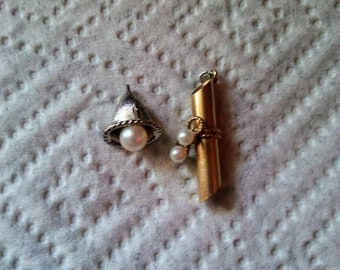 Set of 2 vintage pearl charms