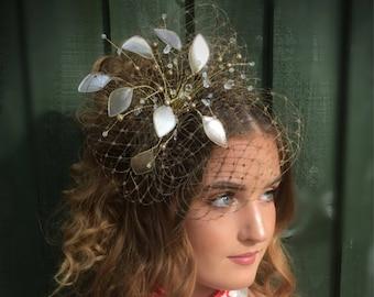 Wedding fascinator, mother of the bride, Summer wedding, wedding hat, beige fascinator, taupe fascinator, veiled fascinator
