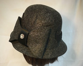 1930s cloche hat  389fe0373bbd