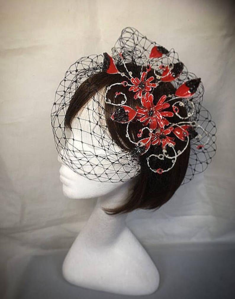 Red and black fascinator Black fascinator Bespoke hat Red fascinator wedding hat Summer wedding mother of the bride