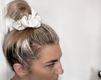 Mint cotton classic size scrunchie