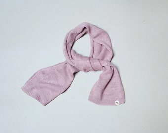 Girl scarf
