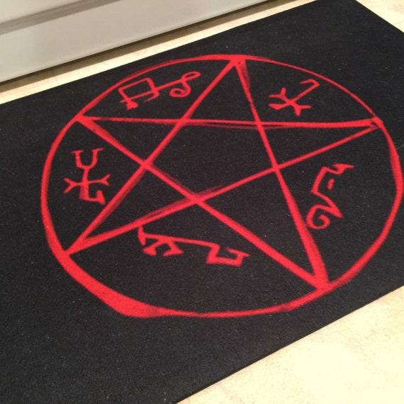Devil Trap Rug Demon Symbol Crowley King Of Hell Rug Door Etsy