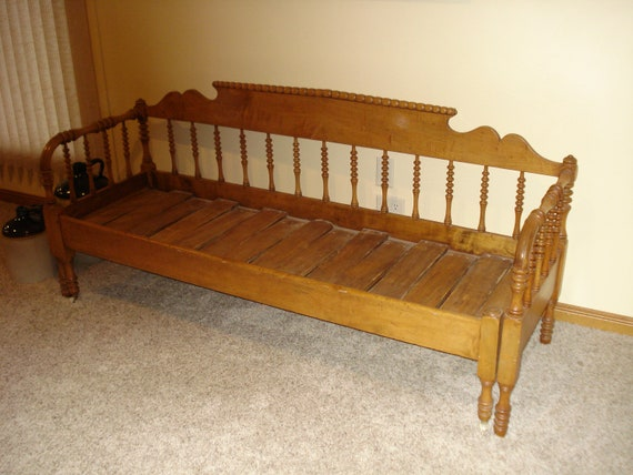 Super Vintage Antique Daybed Antique Spindle Type Pull Out Galena Daybed Circa 1880S Jenny Lind Style Victorian Primitive Antique Daybed Caraccident5 Cool Chair Designs And Ideas Caraccident5Info