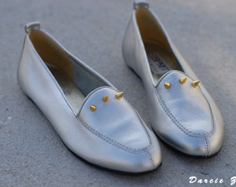 Vintage Esprit Gold Spiked Metallic Silver Slip on Flats/Loafers Size 7