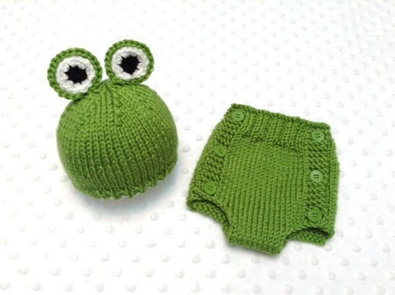 3d4662d29 Frog Baby Outfit   Frog Newborn Hat & Diaper Cover Set / Frog Baby Costume  / Frog Baby Hat / Toad Baby Outfit / Toad Baby Hat / Baby Gift