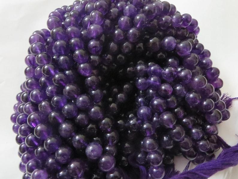 NATURALAMETHYST smooth round balls palin 8 mm 7 inches string