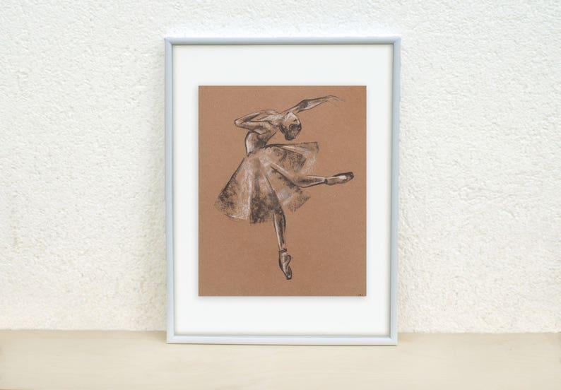 Disegni Di Ballerine Da Disegnare : Ballerina di disegno. balletto di disegno. illustrazione della etsy