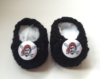 Pittsburgh Pirates baby booties, baby booties, infant shoes, crochet baby booties, booties for baby, crochet baby shoes