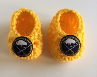 Buffalo Sabres baby booties, baby booties, infant shoes, crochet baby booties, booties for baby, crochet baby shoes