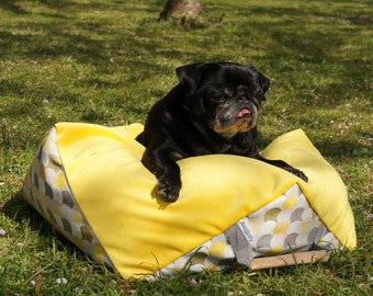 Dog Bed Pillow Comfy Cube Square Hexagon Velvet yellow top (with inner pillow and filling EPS beads) MissFlo