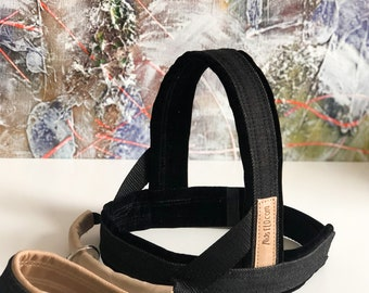 SET - Dog Harness and Leash with Leather Details, MissFlo, Easy on/off, Black Denim and Leather, Washable, Handmade, made to measure.