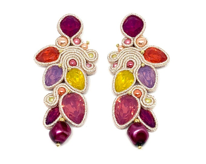 Statement beige and multicolored resin earrings
