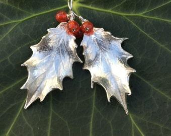 Sterling silver holly earrings, holly leaf earrings - christmas gift for her dangle earrings