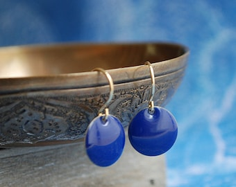 Blue minimal style earrings // nautical // jewelry // elegant // for her // summer