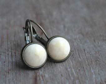 "Winter white """" Tiny Cabochon Earrings / bridesmaid gift / wedding"