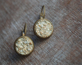 Cosmic . Druzy, shimmery earrings // gold // seasonal sparkle
