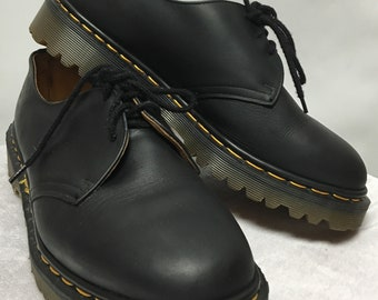 Vintage Dr. Martens Shoes size 9 US