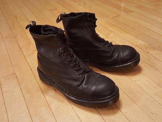 90s Dr. Martens Boots Docs Made In UK Bouncing Soles  5b14b9ec5