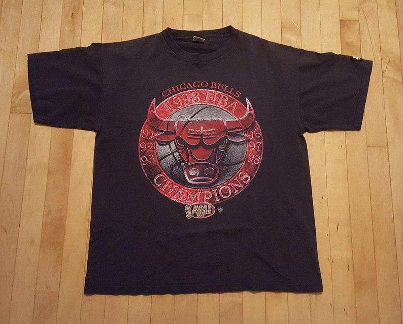 947614eb12a5e2 90s Chicago Bulls 1998 NBA Champions Shirt Michael Jordan