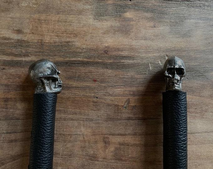 "Black Skull Flogger with 18"" Falls"