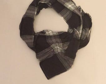 Blue and white Plaid Blanket Scarf/Plaid  Blanket Scarf/Winter Scarf, Oversized Scarf, Plaid Tartan Scarf, chunky scarf, wrap, shawl