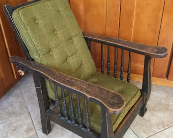 Charmant Original Antique Childu0027s Adjustable Oak Morris Chair With Original Cushions