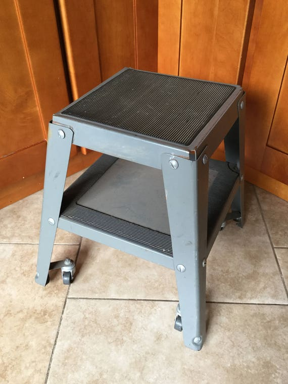 Fine Vintage Indistrial Modern Library Kick Step Rolling Step Stool Heavy Duty Gmtry Best Dining Table And Chair Ideas Images Gmtryco