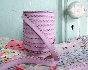 Lilac Crochet Edge Double Fold Bias Tape (No. 52)