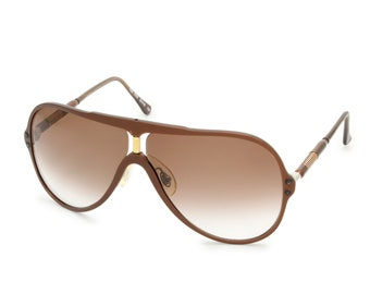 ef568fff3fb6 European Vintage 1990s Aviator Sunglasses Brick Red Brown Acetate Frames  Gold Metal Accents Gradient Lenses Minimalist Shades Germany