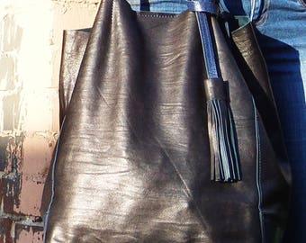 Soft dark blue leather bag #hobo