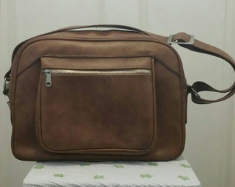 Vintage brown vinyl overnight bag - 1970s - great condition