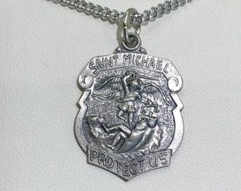54f22c06f4 Saint Michael Polizei Abzeichen Sterling silber Anhänger und Kette