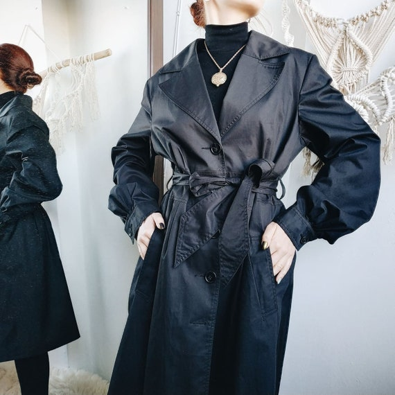 Black Friday sale / BLACK TRENCH COAT / vintage tr