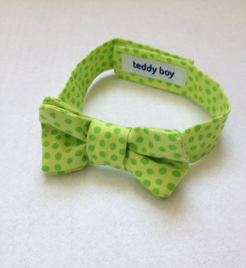 a0a79057e953 Bow Tie for baby boys pre tied bowtie lemon and lime green   Etsy