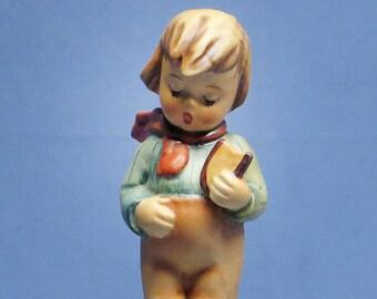 """Vintage 1970s Hummel Figurine """"Bird Watcher"""" No. 300 TMK5 Boy Feeding Birds"""