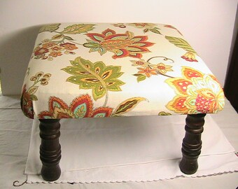 Genial Footstool, Vintage Foot Stool Up Cycled, Wooden Spindle Legs, Old Foot Stool