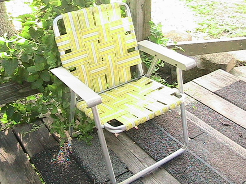 Childs Lawn Chair, Folding Aluminum Childs Chair, Vintage Childs Webbed  Lawn Chair, Webbed Aluminum Lawn Chair