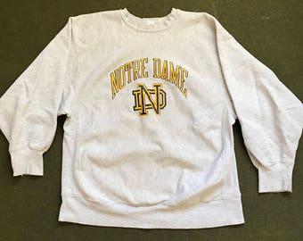 Vintage 80's Notre Dame Champion Reverse Weave Crew Neck Sweatshirt Made in USA 1980's College Sweatshirt Fighting Irish