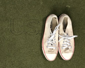 9bd13a24728 Vintage 90 s Converse All Stars Made in USA Converse Lowtops White Mens 5.5  Womens 7.5