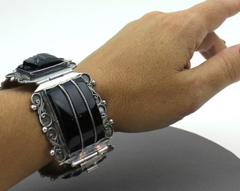 Black Scarabs set in Sterling Silver 925 Bracelet / Black Stone Sterling Silver Bracelet / Large Chunky Bracelet / Scroll Statement Bracelet