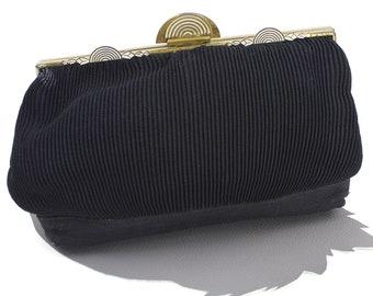 Black Art Deco Clutch / Vintage 1920s Clutch / Accordian Pleated Clutch / Art Deco Metal Clasp Closure / Deco Black 20s Handbag Wallet